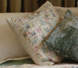 zig-zag-pastels-cushion
