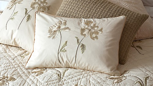 Peony Embroidered Cream Quilt