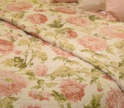 pink-floral-quilt-1