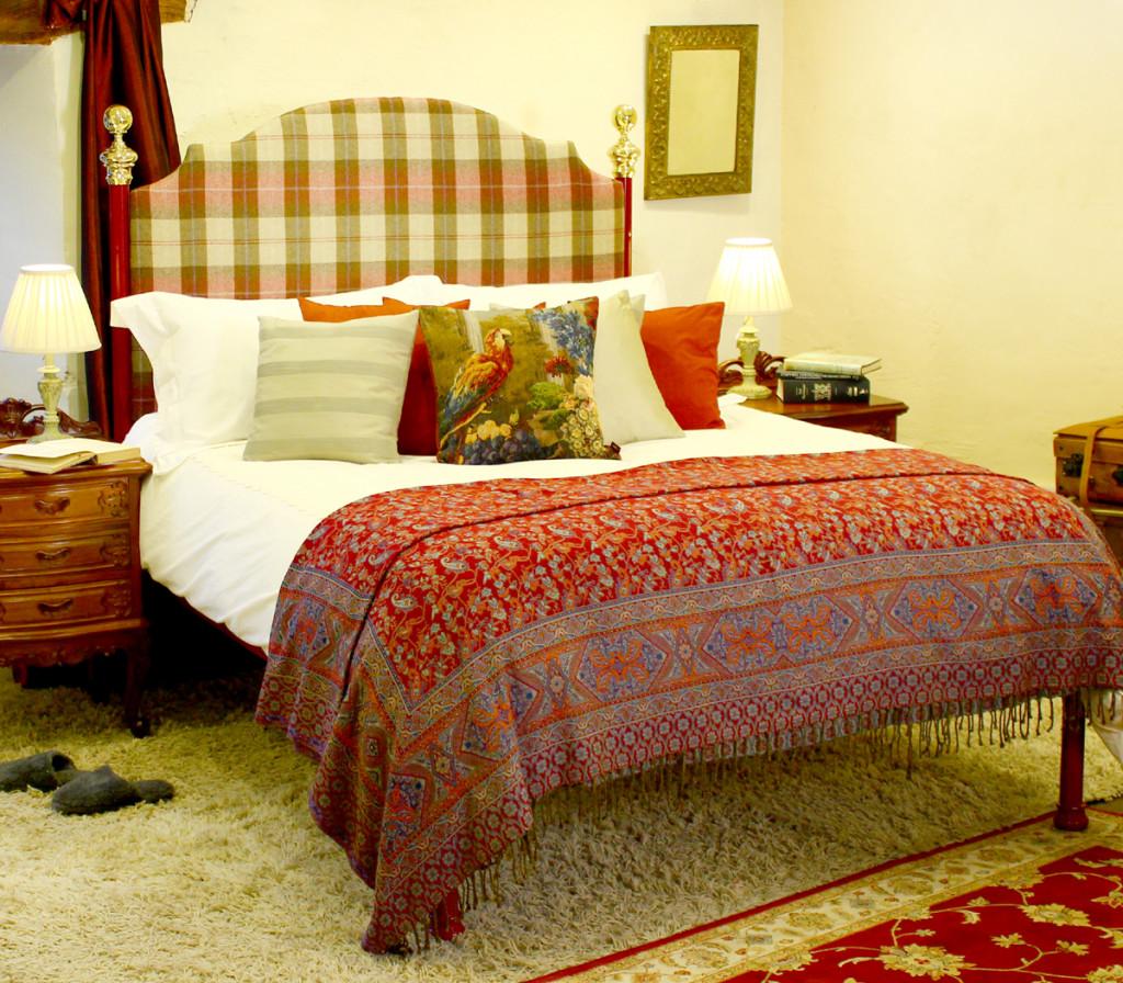 Red-Tartan-Bed-1