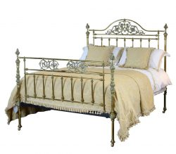 Brass Bedstead with Decorative Fittings MK91