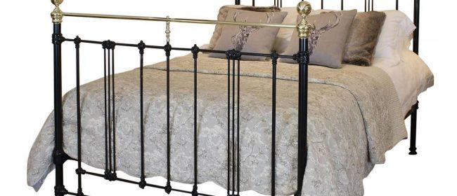 Art Nouveau Bed in Black, ART1