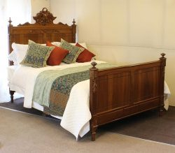 Walnut Antique Bed WKD100