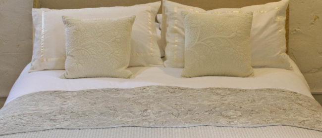Toile de Jouy Bedspread – Cream and Light Grey