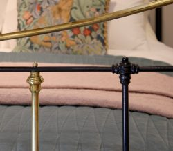 5ft-Black-Brass-and-Iron-Curved-Top-Rail-MK216-5