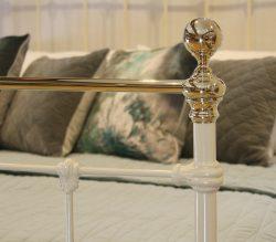5ft-Cream-Antique-Bed-MK221