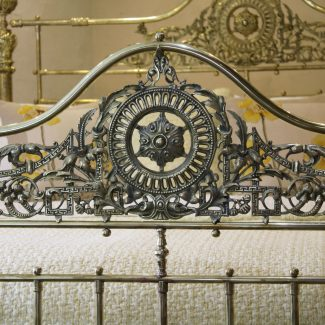 6ft-All-Brass-Bed-With-Serpentine-Top-Rail-MSK64