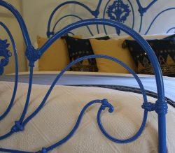 Cast_Iron_Victorian_Blue_5ft_Antique_Bed_MK204