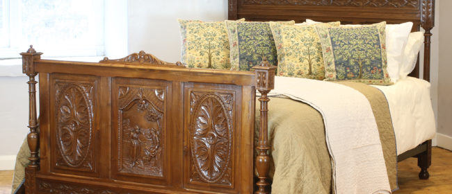 Oak Breton Antique Bed WK143