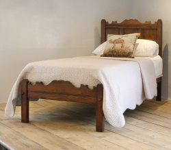 Oak-Single-Antique-Bed-WS11