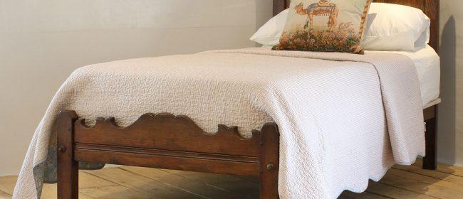 Oak Single Antique Bed WS11