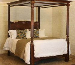 William-IV-Four-Poster-Antiqe-Bed-WP48