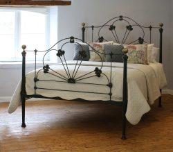 5ft-Cast-Iron-Antique-Bed-MK226