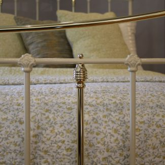 Cream-Curved-Top-Rail-5ft-Victorian-Antique-Bed-MK227
