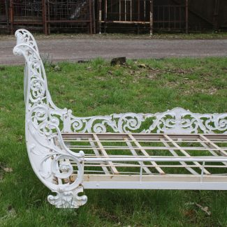 White-Curly-Iron-Antique-Day-Bed-MS44