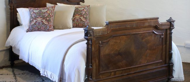 Renaissance Style Rosewood Antique Bed WK146