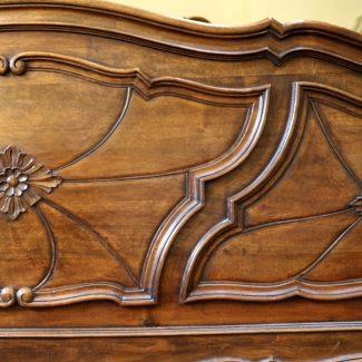 Super-King-Italian-Walnut-Antique-Bed-WSK2