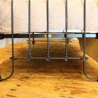 Black-Curve-Top-Rail-Victorian-Style-Black-Antique-Single-Bed-MS49