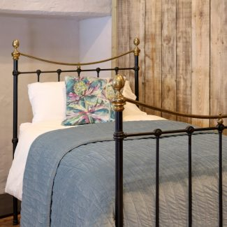 Black-Curved-Top-Rail-Single-Antique-Bed-MS45