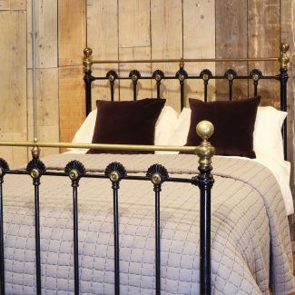 Brass-and-Iron-Double-Antique-Bed-Victorian-Style-With-Rosettes-MD101