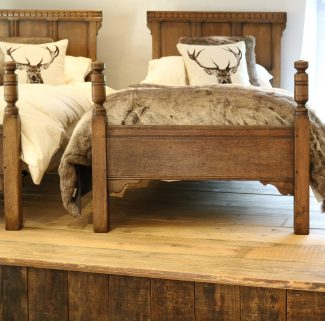 Matching-Pair-Of-Country-Style-Single-Beds-WP36