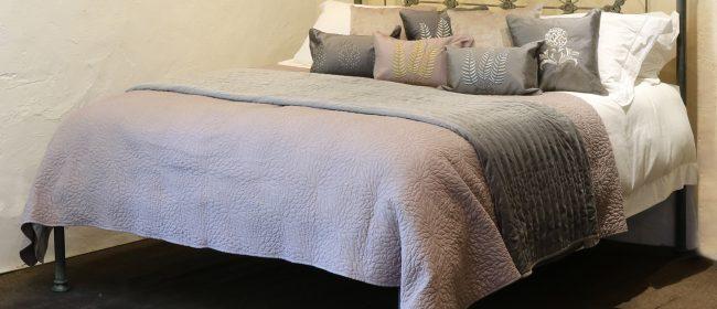 Extra Wide Platform Bed – MSK68