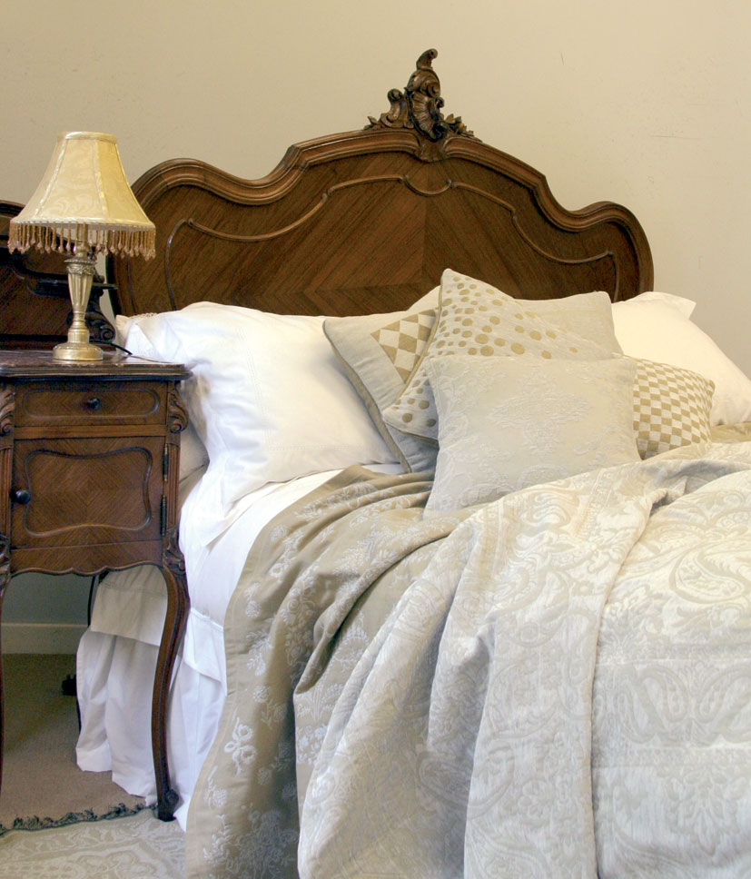 Seventh Heaven Specialists In Antique Beds Top Quality Mattresses And Fine Bed Linen