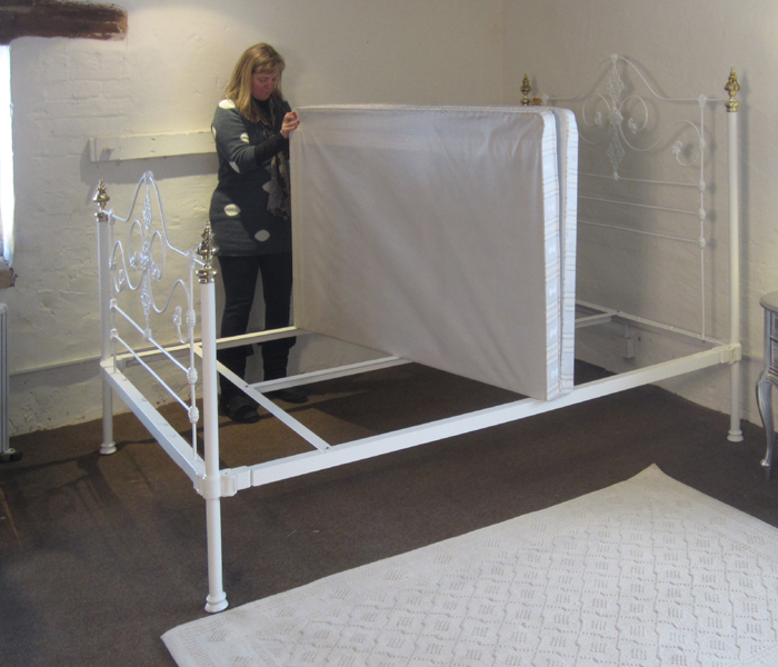 Place Bed Base On Bedstead