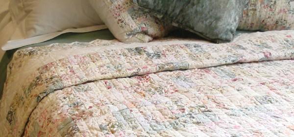Zig Zag Pastels Patchwork Quilt