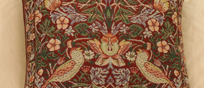Tapestry Cushion – Strawberry Thief Red