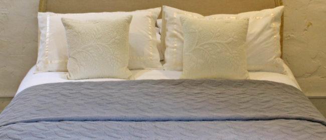 Winchester Bedspread – Stone Grey