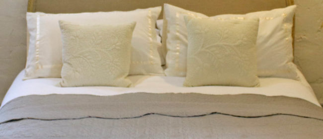 Victoria Bedspread – Taupe