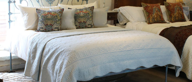 King Size Antique Bed in Blue Verdigris – MK175