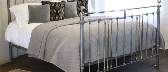 6ft Wide Brass and Iron Bed in Silver – MSK54
