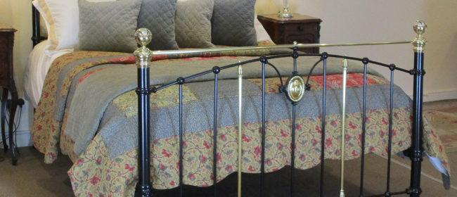 Black Antique Bed – MK187