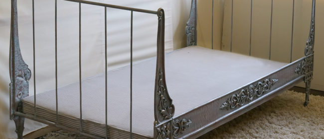 Cast Iron Daybed – MS41