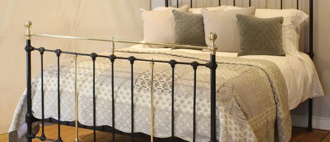 Black Antique Bed MK224