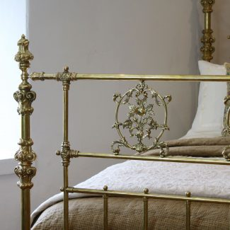 All-Brass-Ornate-Antique-Bed-with-Plaques-MK213-