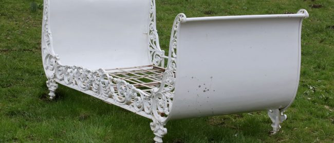 Ornate Cast Iron Day Bed MS44