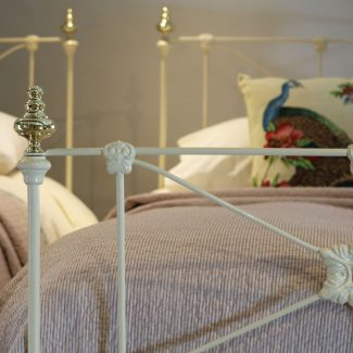 Matching-Pair-Cream-Straight-Bar-Single-Antique-Beds-MPS43-1