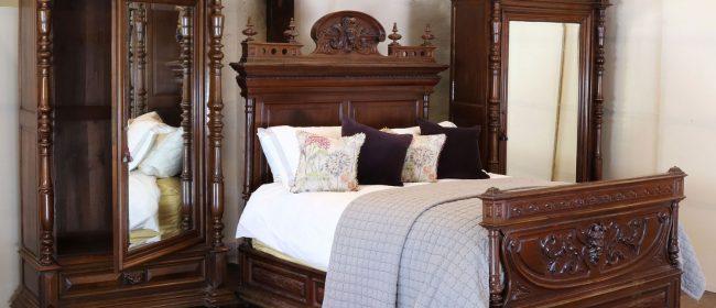 Renaissance Style 3 Piece Bedroom Suite WK148