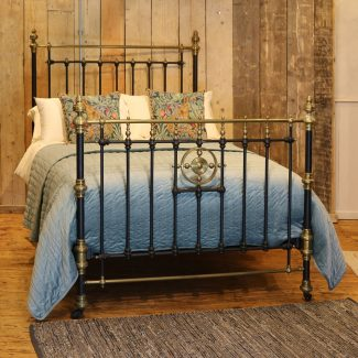 Late-Victorian-Double-Brass-and-Iron-Antique-Bed-MD102-1
