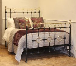 Double Decorative Antique Bed in Black