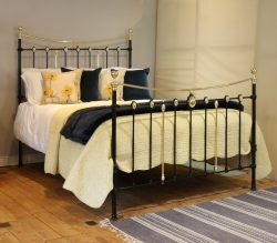 Black-Curved-Top-Rail-Antique-Bed-With-Decorative-Brass-Castings-MK235